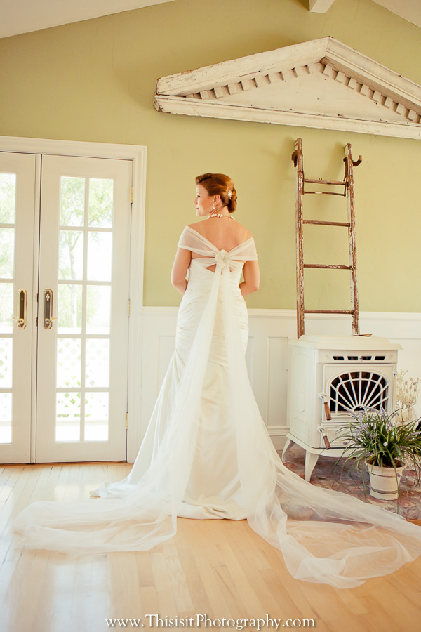 bride solo photo of affordable hollister wedding photographer