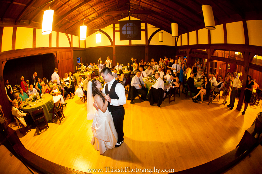 bride and groom wedding photo in foothill club by This is it Photography