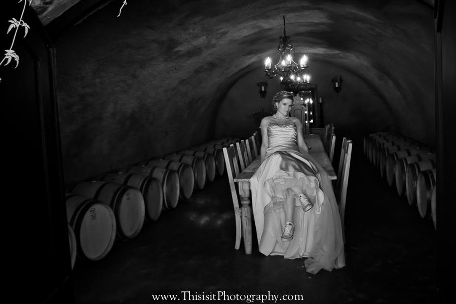 bride solo photo of hollister wedding photographer